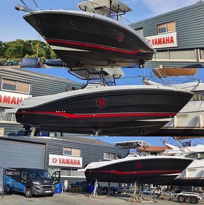 Covering complet bateau adhésif teinte masse confortable
